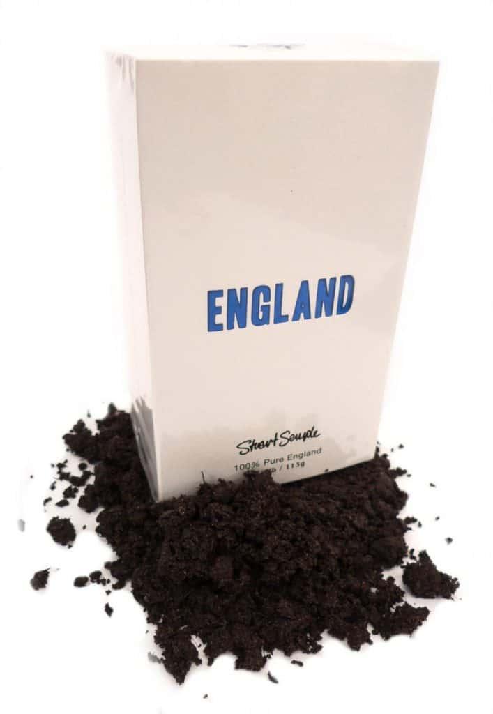 Stuart Semple - england soil artist